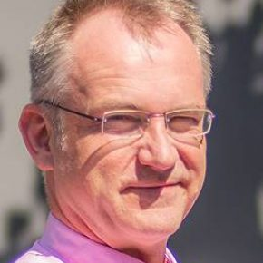 Dr. P.E. Vermaas
