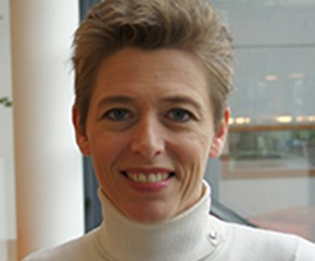Dr.mr. Nienke Saanen
