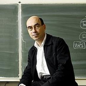 Dr. Pieter Bots
