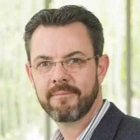 Dr. Johan Joubert