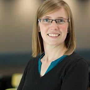 Dr. Julie Teuwen