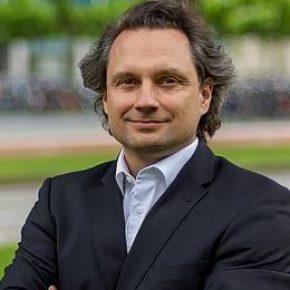 Prof.dr. P. Palensky